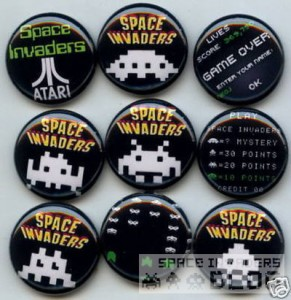 0_Space-invaders-badges