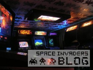 0_space-invaders-ceiling-tiles